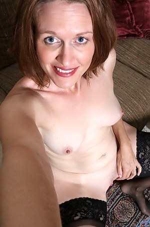 Moms Selfshot Porn Pictures