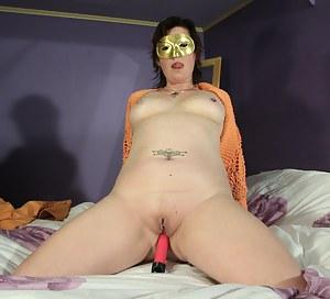 Moms Blindfold Porn Pictures
